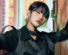 Lee Si Yeon, Dream Catcher, Photoshoot, Kpop, Beautiful, Icons, Dreamcatchers, Photo Shoot, Symbols