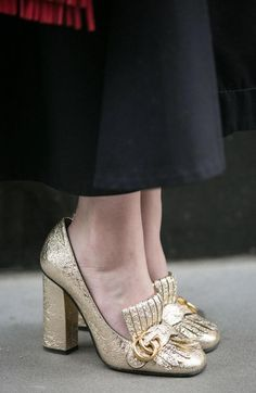 6b5130ebcc21 15 Best Gucci Marmont shoes images