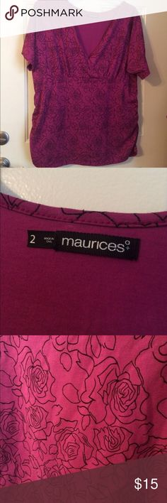 Maurices plus size 2 or 2x Rose outline purple top Size 2 or 2x from maurices plus! Purple mock wraparound top with black outline print of roses. Ruched sides short sleeves! Excellent condition! Make me an offer! I ship next day! 20% off all bundles. Maurices Tops Blouses