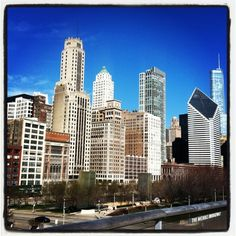 Design*Sponge guide to Chicago (great eating/shopping recs)