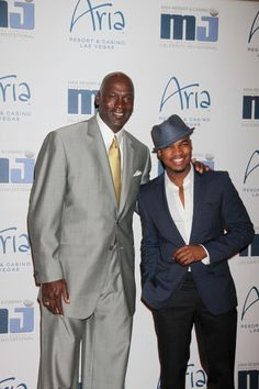 Ne-Yo Joins Jordan at the MJ Celebrity Golf Invitational Gala http://mrsgrapevine.com/2012/04/ne-yo-joins-jordan-mj-celebrity-golf-invitational-gala/
