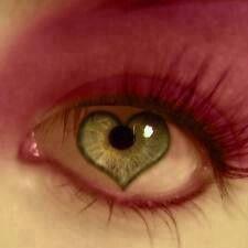 eyes girl plz dont borken boys in boys plzzz dont broken girl💕💕😎 Heart In Nature, Heart Art, I Love Heart, My Heart, Blue Words, Crazy Eyes, Heart Crafts, Beautiful Lips, Eye Art