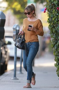 Lauren Conrad's Simple and Chic Street Style
