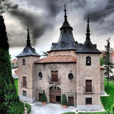 Place: Ermita de la Virgen del Puerto, Madrid / Comunidad de Madrid, Spain. Photo by: Unknown