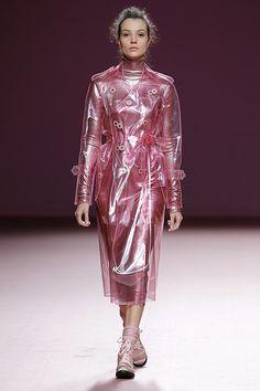 Clear Raincoat, Vinyl Raincoat, Pvc Raincoat, Plastic Raincoat, All Fashion, Womens Fashion, Raincoats For Women, Apron Dress, Future Fashion