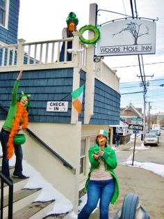 The O'Woods Hole Inn weekend package includes a $50 gift certificate toward dinner at the new Quicks Hole Tavern next door, plus, an Irish themed breakfast (soda biscuits and corned beef hash anyone?) on Sunday morn, and a pint of cold Guinness for you and your sweetheart (or premium wine of your choice) at the Tavern the night you check in.  Package valued at over $80, offered for $50 plus the cost of your room. Yes, the Luck of the Irish is with you.