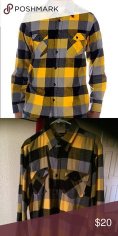 Vans Yellow Box long sleeve flannel Perfect condition VANS Flannel. Vans Shirts Casual Button Down Shirts