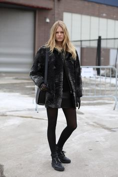 Admit it—Anna Ewers looks phenomenal on and off of the runway »