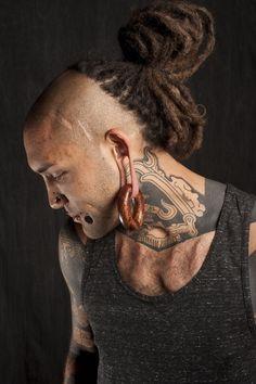 Darkside of Dreadlocks ~ Alternative Dread Fashion Dreadlock Mohawk, Dreadlock Hairstyles For Men, Dreadlocks, Cool Hairstyles, Curly Hair Men, Curly Hair Styles, Natural Hair Styles, Turban, Colored Dreads