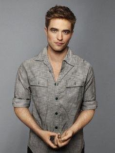 Robert Pattinson -- please have my babies.m