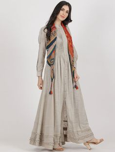 Pakistani dress design - Grey Cotton Slub Kurta with Scarf (Set of New Kurti Designs, Kurta Designs Women, Kurti Designs Party Wear, Pakistani Fashion Casual, Pakistani Dress Design, Indian Fashion, Stylish Dress Designs, Stylish Dresses, Casual Dresses