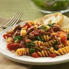 Beefy Tomato and Spinach Rotini Recipe (if you add some minced garlic and Italian seasoning this recipe is perfect.)