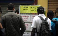 Negros recebem cerca da metade da renda dos brancos, diz IBGE  http://controversia.com.br/3153