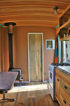 Steely Cottage: An off-grid tiny house in New Mexico. Built by Shopdog.