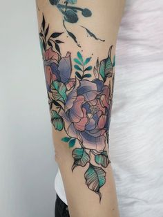 A coronary heart in your finger, a flower in your Hand Tattoos Frauen. Hand tattoos are the development. Hand Tattoos, New Tattoos, Tribal Tattoos, Tattoos For Guys, Tattoos Pics, Tattoo Drawings, Tattoo Ink, Tattoo Images, Arm Tattoos Color