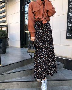 Long Skirt Fashion, Modest Fashion Hijab, Modern Hijab Fashion, Muslim Fashion, Maxi Outfits, Hijab Outfit, Modest Outfits, Chic Outfits, Fashion Outfits