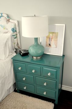 One (DIY) Step At A Time: Master Bedroom Reveal ~ Never thought of painting bedroom furniture any color aside from black or white. really liking the thought of turquioise. Teal Nightstands, Dresser As Nightstand, Bedside Chest, Dressers, Furniture Projects, Furniture Makeover, Home Projects, Master Bedroom, Bedroom Decor