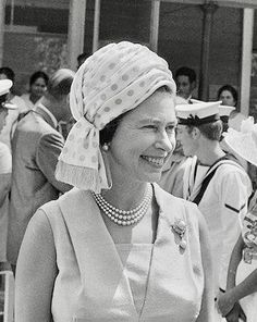 Mauritius, Highlights from the Queen's visits to Commonwealth countries over the years Queen Hat, Loving Wives, Royal Queen, Elisabeth, Princess Margaret, Save The Queen, Prince Philip, British Monarchy, Almost Always