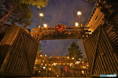 Frontierland entrance - Disneyland Paris by night