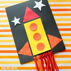 DIY Father's Day card for kids to make. I love you to the moon and back, dad! A fun and easy rocket card that dad will love.