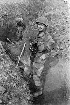 Combats lors de l'ouverture de la route entre Diên Biên Phu et le centre de résistance au sud (colline «Isabelle»). – ECPAD