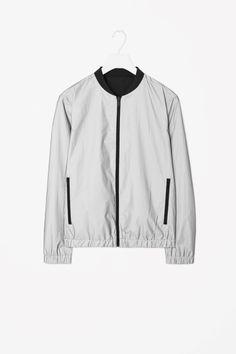 Reversible zip-up jacket