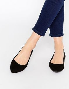 Image 1 - New Look - Chaussures plates pointues en suédine Chaussures  Plates Pointues, Chaussures. ASOS afd1da3ed145