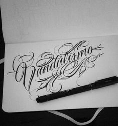 Tattoo Name Fonts, Tattoo Lettering Styles, Chicano Lettering, Graffiti Lettering Fonts, Script Lettering, Lettering Design, Graffiti Tattoo, Sparrow Tattoo Design, Tattoo Alphabet