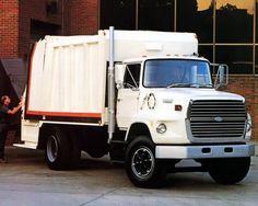 1990 Ford L8000 Workforce Garbage Truck