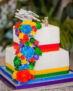 X-wing vs. Yoda Star Wars wedding cake topper.
