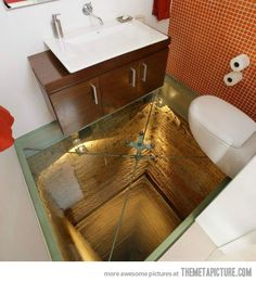 Do you dare? Going to the bathroom never got this dangers... #kuldesign #fundesign #funnypicture #funnybathroom #uniquebathroom #bathroominspiration