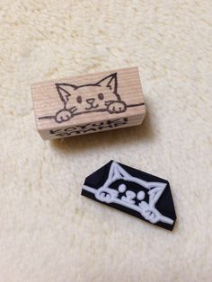 Peep Nyanko (eraser stamp of Nyanko that peek from the fence)
