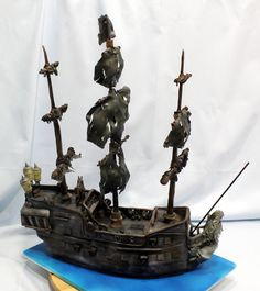 Pirates of the Caribbean Black Pearl cake
