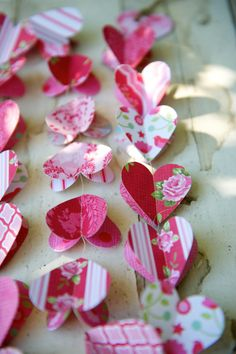 NEW Paper hearts garlands, RADIANT ORCHID, paper garland, heart garland, wedding garland, fuchsia, pink, red, mangenta