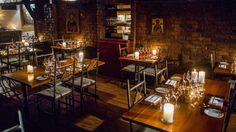 Anmeldelse: Klosteret i Oslo har vært romantisk i 20 år. Oslo, Table Settings, Place Settings, Tablescapes