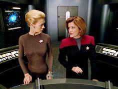 "ST: VOY ~ Ultimate female role models:  Seven-Of-Nine & Captain Janeway in ""Astrometrics"""