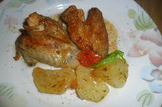 Alitas de pollo a la cola con patatas caramelizadas. Ver la receta http://www.mis-recetas.org/recetas/show/41283-alitas-de-pollo-a-la-cola-con-patatas-caramelizadas