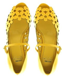 Moschino yellow daisy flats