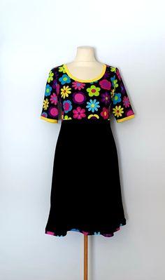 Kjole str. 40 Handmade Dresses, Summer Dresses, Fashion, Moda, Summer Sundresses, Fashion Styles, Fashion Illustrations, Summer Clothing, Handmade Clothes