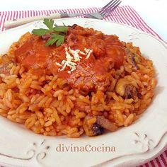 Esta receta de arroz boloñesa solucionas un almuerzo familiar en pocos minutos y con ingredientes sencillos. Siempre sale bien y gusta a todo el mundo.