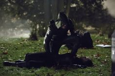 "Arrow - ""Vendetta"". /Oliver i The Huntress."
