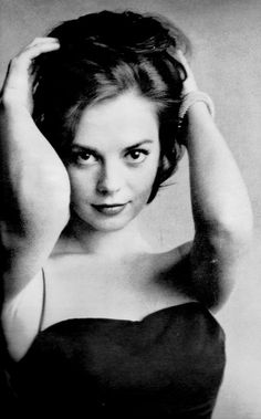 Ma-ri-a!  I've just met a girl named Ma-ri-a! ____________________________ natalie wood (via lalalandhistory.blogspot.com)