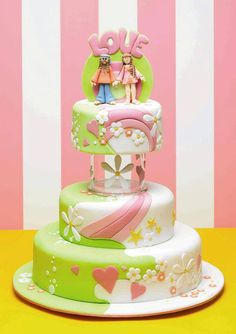 Dream Wedding Cakes by Debbie Brown confections-cool-cakes lovable-food Pretty Cakes, Cute Cakes, Beautiful Cakes, Amazing Cakes, Divorce Cake, Fondant Cakes, Cupcake Cakes, Hippie Cake, Debbie Brown