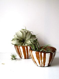 Image of painted stripe wooden bowls