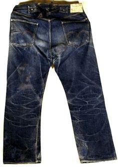 Levi Strauss Overalls Lot 1890 Source: Pintrest Honeycombs, two pockets, cinch waist. Denim Dungarees, Denim Pants, Blue Jeans, Trousers, Vintage Jeans, Vintage Outfits, Vintage Clothing, Edwin Jeans, Raw Denim