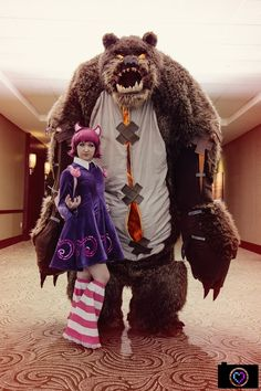 Annie and Tibbers, League of Legends, by Titanesque Cosplay, photo by Aperture Ashley.