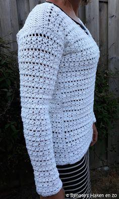 Gehaakte trui (met link naar gratis patroon) / crochet sweater (with link to free pattern) Crochet Jumper, Crochet Mittens, Crochet Jacket, Crochet Shawl, Knit Crochet, Diy Clothes And Shoes, Crochet Shoes Pattern, Dog Sweater Pattern, Crochet Squares Afghan