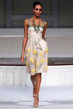 vestido de Madrinas!  Oscar de la Renta -prim/ver 2011