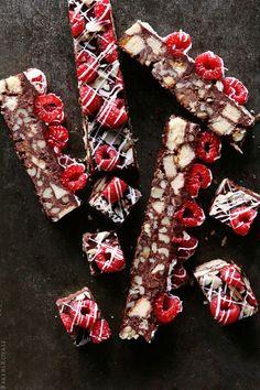 Walnut and Chocolate Cake Bar via Bakers Royale