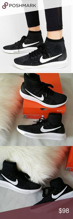 best sneakers 62a79 deabd NWT Nike Lunarepic Flyknit Running Shoes New in box women s Nike Lunar Epic  Flyknit. All